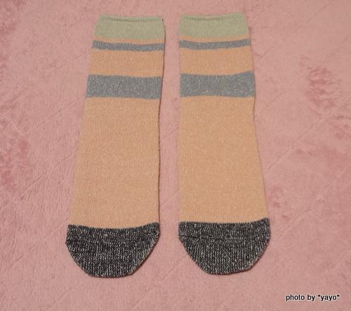 フェリシモ 裏シルク表綿の先丸靴下